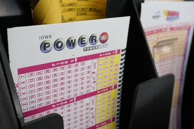 Powerball jackpot reaches $523M after no one wins Wednesday's top prize